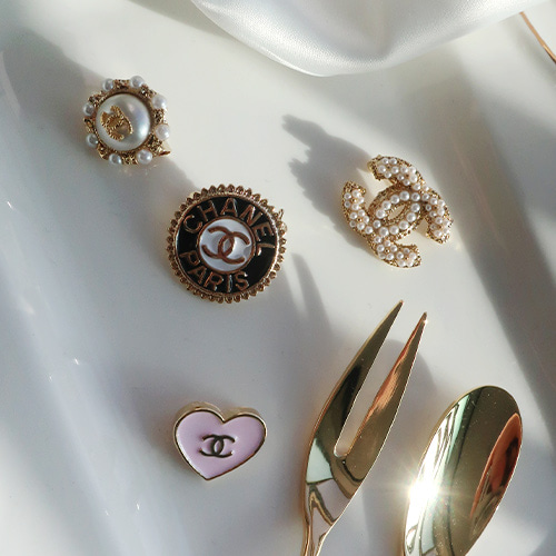 lovely coco brooch set