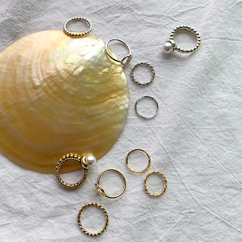 pearl antique ringset