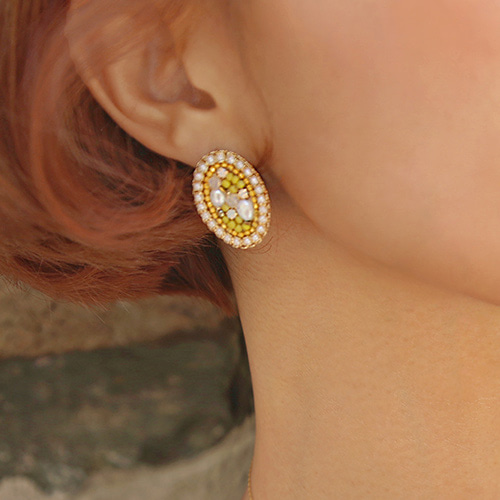 beads round earring
